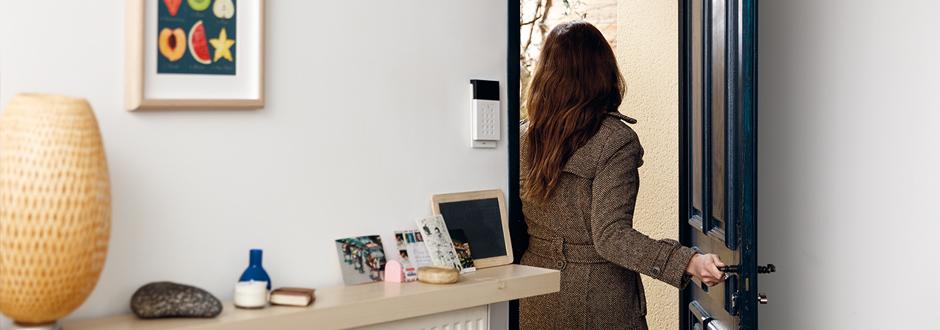 cout alarme securitas direct prix batiment gratuit hautes pyr n es soci t ywdefp. Black Bedroom Furniture Sets. Home Design Ideas